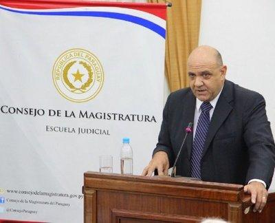 José González Macchi es el preferido para la Corte