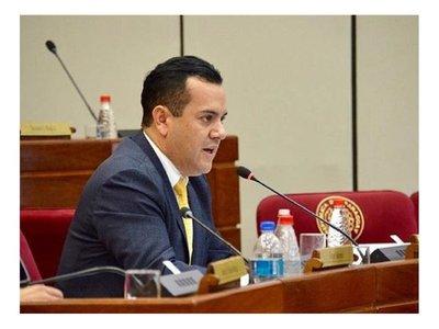 Rodolfo piropeó al senador Sergio Godoy