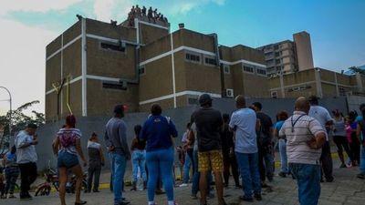 Mueren 29 personas en centro detención policial en Venezuela
