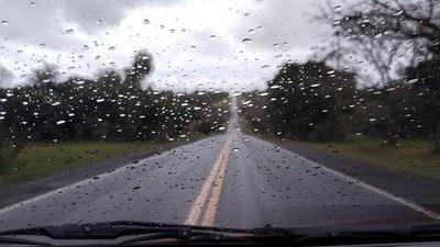 Anuncian un ambiente cálido y con lluvias para el sur