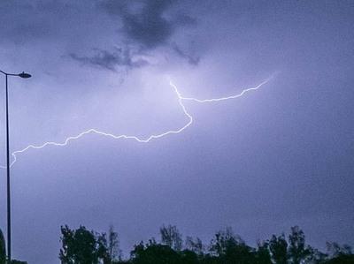 Tiempo severo en el sureste y lluvias generalizadas durante la semana