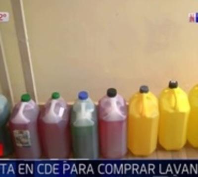 Esteños proveen de artículos de limpieza a comuna
