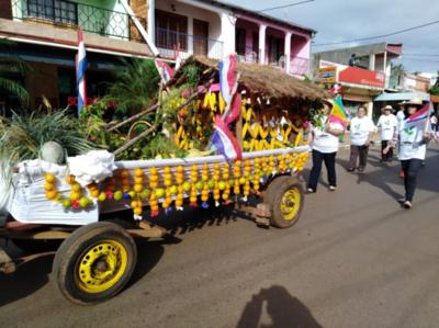 Masiva presencia en el gran desfile de agricultores en Coronel Bogado