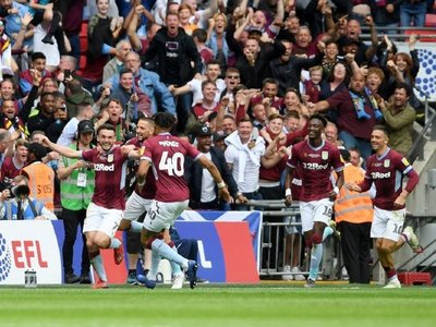 El Aston Villa regresa a la Premier