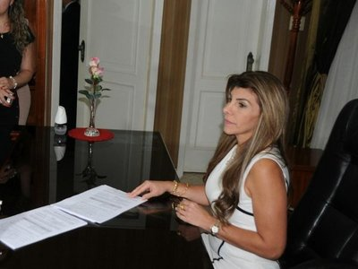 CDE: Denuncian a ex intendenta por lesión de confianza y estafa
