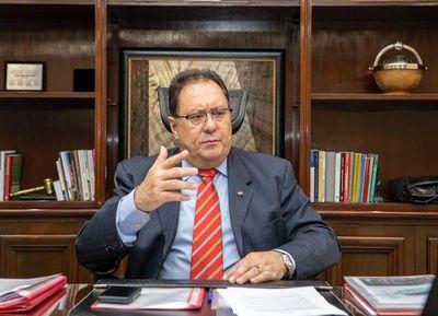 """""""Itaipú aporta US$ 600 millones al año al Tesoro y el 90% de la energía al país"""""""
