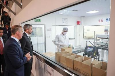 Mandatario inauguró ampliación de planta pionera en producción de alimentos y bebidas