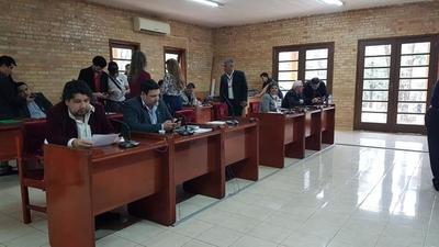 Concejales aprueban segunda denuncia contra Prieto