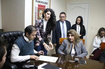 Denuncian por lesión de confianza a Perla Rodríguez de Cabral