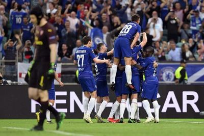 Chelsea goleó al Arsenal y es campeón