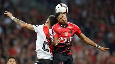 HOY / River Plate y el Atlético Paranaense definen al mejor de Sudamérica