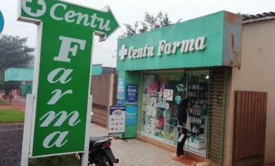 Jóvenes delincuentes asaltan farmacia