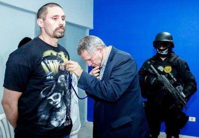 Narco Pérez Corradi soltó cucarachas durante su juicio