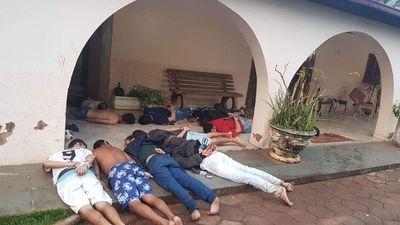 Detienen a 13 presuntos narcos y confiscan drogas