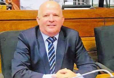Reiteran acusación contra Trinidad