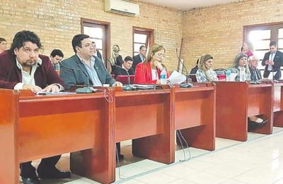 Junta pide reponer a supuestos planilleros