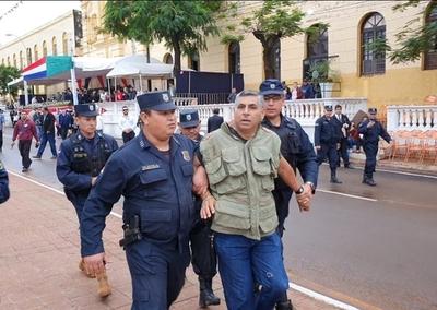 Policía demora a ayudante de la parroquia María Auxiliadora