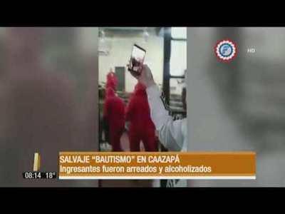 """Salvaje """"bautismo"""" a ingresantes en Caazapá"""