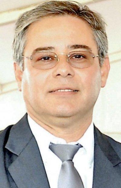 Intendente prepara leonino contrato con firma recolectora en San Antonio