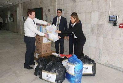 Llegaron donativos desde sedes de Paraguarí y Registros Públicos