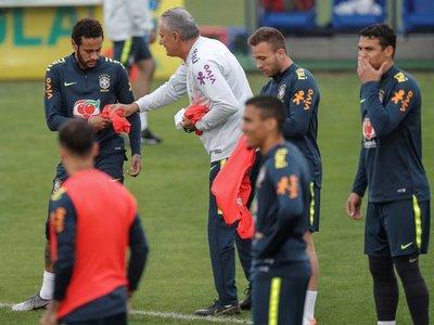 Tite asegura que no prejuzgará a Neymar