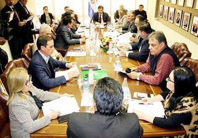 Mayoría de senadores apoya expulsión de Dionisio Amarilla