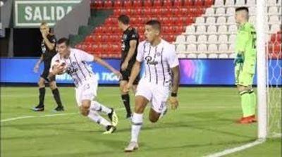 Tres jugadores de Libertad, por disposición de Horacio Cartes, concluirán sus contratos en la reserva
