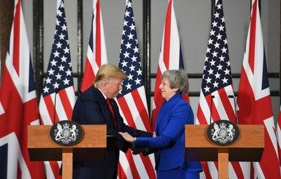 """May y Trump desean """"tremendo"""" y """"ambicioso"""" pacto comercial tras el brexit"""