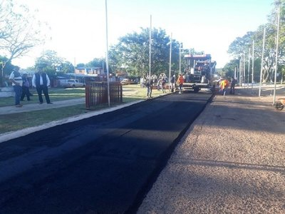 Tramos del casco urbano de Yby Yaú son asfaltados luego de años de reclamo