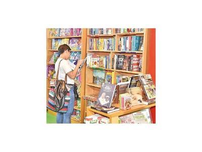 Colección de Mafalda en guaraní se lanza en la Feria del Libro