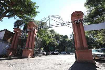 Inician licitaciones para revitalización del Parque Caballero