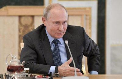 """Putin llama """"locos"""" a países que apoyan a Guaidó en Venezuela"""