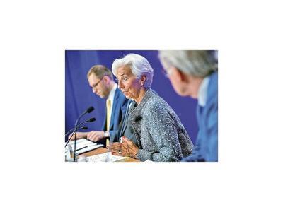 FMI ve que economía de EEUU crecerá más pese a los aranceles