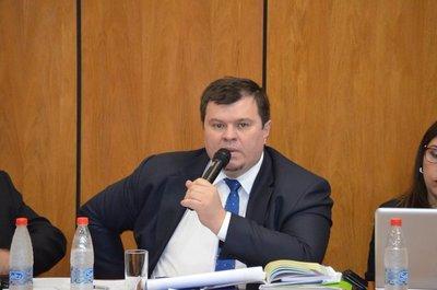 Dionisio Amarilla es expulsado de la Cámara de Senadores