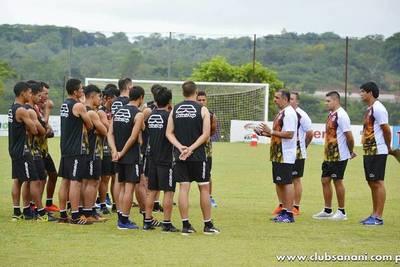 Pedro Sarabia retorna al Deportivo Santaní