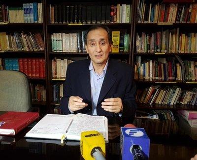 Ayala, a favor de modificar inamovilidad de ministros