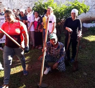 Mujeres privadas de libertad de CDE cuentan con cursos de horticultura