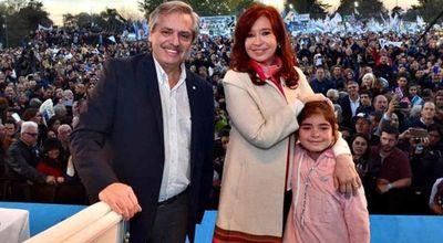 Cristina Kirchner mantiene bajo perfil y recorre las provincias