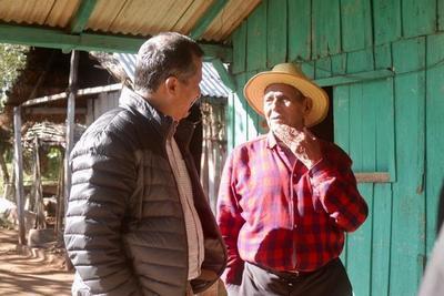 Ministro se interioriza sobre las necesidades de las Unidades de Salud Familiar de Caaguazú