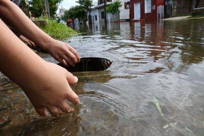 Sigue bajando nivel del río Paraguay