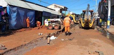 Luque: Cambian colectores cloacales en Mercado
