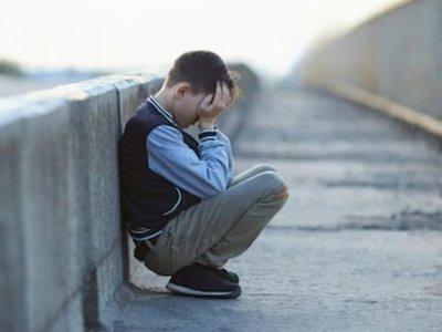 Intervienen cole para frenar casos de suicidio