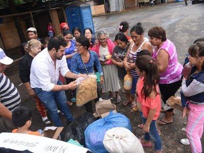 Comunidad de Caazapá envía alimentos para refugiados de la Chacarita