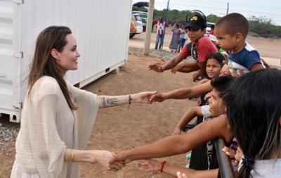 Angelina Jolie advierte que 20.000 niños venezolanos pueden convertirse en apátridas