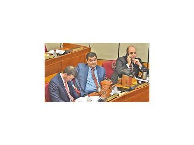 Depuración en el Senado benefició a suplentes y generó reacomodo