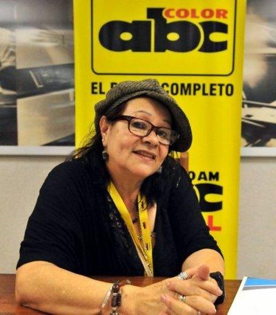 Viviana Meza, entre Sinforoso y María