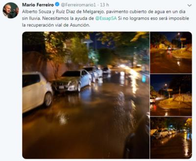 Mario Ferreiro reclamó por Twitter que se repare un caño roto