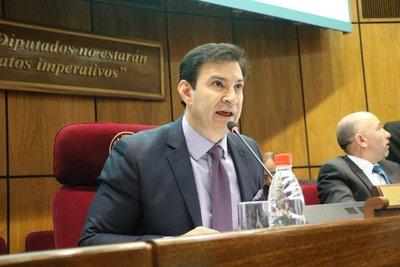 Analizan acuerdo para que Llano presida el Congreso