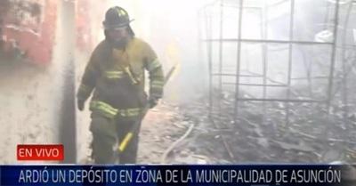 Controlan incendio en comercio de Asunción