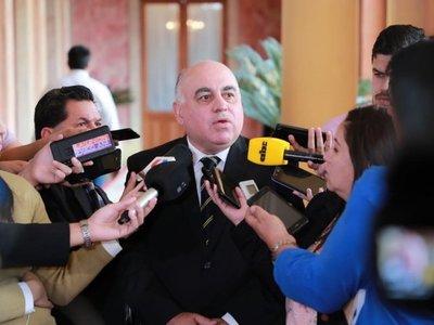 Ejecutivo anuncia medidas para darle mayor competitividad a comercio fronterizo